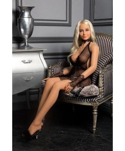 Роскошная итальянская кукла для секса Angelina