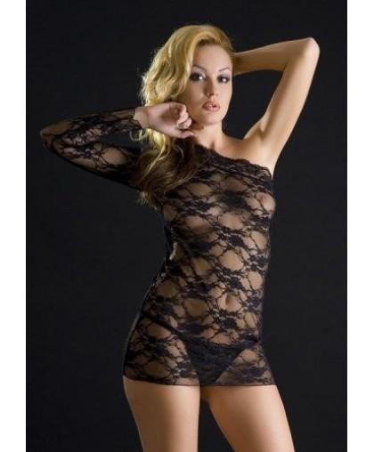 Кружевное платье с открытым плечем